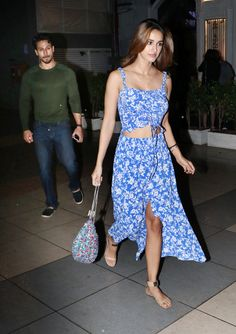 Amidst break-up rumours, Disha Patani, Tiger Shroff spotted in and about Mumbai - Pics Famous Indian Actors, Indian Actresses, Disha Patni, Bollywood Actress, Bollywood Fashion, Tiger Shroff, Blue Dresses, Summer Dresses, Street Style Looks