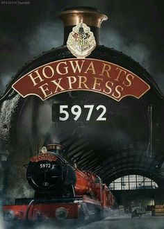 Harry Potter Hogwarts Express We're off to Hogwarts. Harry Potter Hogwarts Express We're off to Hogwarts. Harry Potter Tumblr, Harry Potter Poster, Harry James Potter, Blaise Harry Potter, Magie Harry Potter, Mundo Harry Potter, Harry Potter Magic, Harry Potter Universal, Harry Potter Fandom