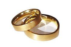 Aliança em Ouro amarelo- LU007  #gabrielaaiex #designerjoias #aliança #noivos #casamento #ouro #noiva #personalizada  www.gabrielaaiex.com.br