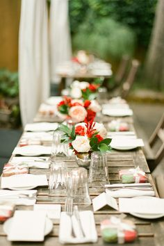 Pale Pink and Red Centerpiece | photography by http://www.brklynview.com/