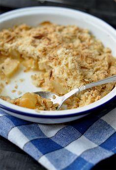 almas-kortes-crumble Cobbler, Ricotta, Quinoa, Oatmeal, Food And Drink, Menu, Sweets, Apple, Breakfast
