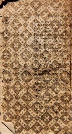 le bibliomane moderne: Des papiers dominotés ! encore et encore ! et bientôt encore plus ! La bibliothèque de la ville de Grasse (06) collabore à notre projet de base de données.
