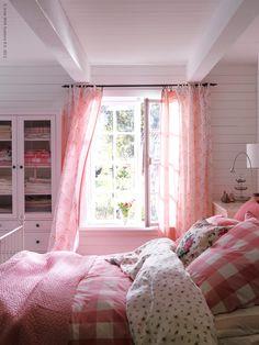 Charming cottage bedroom ~ pink