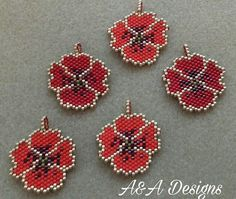 Poppy Brick Stitch Earrings, Seed Bead Earrings, Beaded Crafts, Beaded Ornaments, Beading Projects, Beading Tutorials, Peyote Patterns, Beading Patterns, Motifs Perler