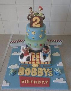 Toy Story cake Birthday Fun, Birthday Cakes, Birthday Ideas, Toy Story Cakes, Disney Inspired, Yummy Cakes, Cake Ideas, Party Planning, Cupcake Cakes