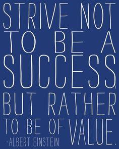 Contribute to create value and increase excellence of an Institution/ Project | Contribuir para criar valor e aumentar a excelência de uma Instituição/ Projeto