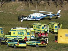 Emergency Response, Ambulance, Portuguese, Medical, Trucks, Vehicles, Medicine, Truck, Rolling Stock
