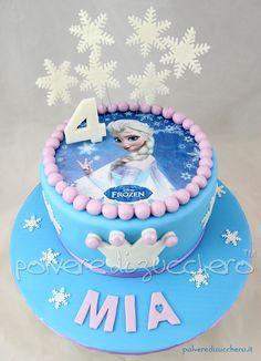 Torta Frozen Disney in pasta di zucchero con Elsa su cialda Image