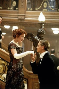 101 most iconic movie dresses that defined Hollywood 101 most iconic movie dresses that defined Hollywood,Leonardo DiCaprio & Kate Winslet (Titanic) Kate Winslet Titanic dress Titanic Dress, Film Titanic, Titanic Photos, Titanic Kate Winslet, Boy Meets World, Iconic Movies, Good Movies, Maid In Manhattan, Leo And Kate