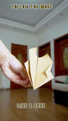 Paper Folding Crafts, Cool Paper Crafts, Paper Crafts Origami, Make A Paper Airplane, Airplane Crafts, Origami Airplane, Diy Crafts For Girls, Fun Diy Crafts, Diy For Kids