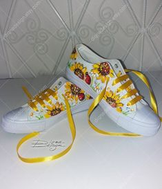 Painted Sneakers, Painted Canvas Shoes, Painted Hats, Custom Painted Shoes, Hand Painted Shoes, Custom Shoes, Yellow Sneakers, Shoe Art, On Shoes