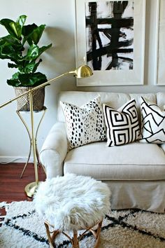 1834 - PAINTED PILLOWS DIY | SHANNON CLAIRE