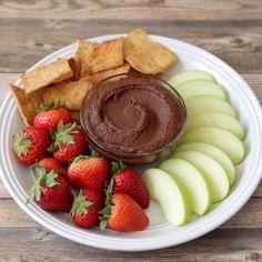 Easy Chocolate Hummus Recipe That Tastes Like Brownie Batter Breakfast Dessert, Dessert For Dinner, Healthy Sweets, Healthy Snacks, Healthy Appetizers, Vegan Sweets, Appetizer Recipes, Dessert Recipes, Dessert Dips