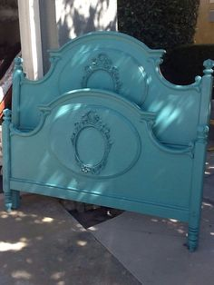SOLD TO ASHLEY B--Vintage French Provincial Queen Bedroom Set on Etsy, $999.00