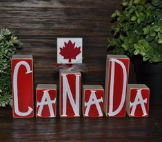 Last Trending Get all images canada decor Viral b ffc b ab b a d c Canada Day Party, Canada Day 150, Happy Canada Day, Canada Eh, National Flag Of Canada, British Home Decor, Canada Day Crafts, All About Canada, Wood Crafts