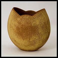 Freeforms - British Studio Ceramics