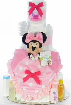 Minnie Mouse Diaper Cake Nappy Cakes, Adorable Babies, Flower Bouquets, Baby Socks, Baby Decor, Holidays And Events, Washing Clothes, Gift Baskets, Baby Showers