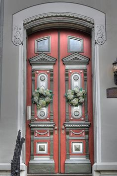 Photograph - Victorian Door by Jane Linders , Grand Entrance, Entrance Doors, Doorway, Cool Doors, Unique Doors, Portal, Knobs And Knockers, Door Knobs, Porches