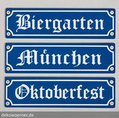 """Die lackierten Holzschilder mit den Motiven """"Biergarten"""", """"München"""" und """"Oktoberfest"""" sind als dreiteiliges Set mit Lochbohrungen erhältlich. …"""