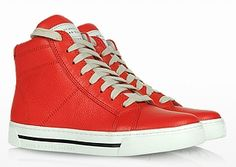 MARC BY MARC JACOBS High Top Grainy Red Leather Sneakers #WedgeSneakers #HiTops