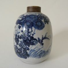 tea caddy blue | ... about 18th CENTURY JAPANESE BLUE & WHITE ARITA PORCELAIN TEA CADDY