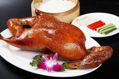 Roast peking duck wrapped in a thin pancake with scallion, cucumber and oyster sauce. Thin Pancakes, Asian Recipes, Healthy Recipes, Peking Duck, Roast Duck, Yummy Food, Tasty, Asian Chicken, Mixed Vegetables
