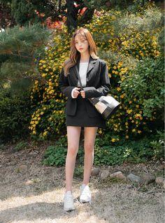 Ulzzang Fashion, Ulzzang Girl, Stylish Outfits, Cool Outfits, Fashion Outfits, Korea Fashion, Asian Fashion, Bora Lim, Star Girl