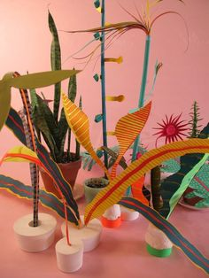 Adam Frezza and Terri Chiao - Arts at Wave Hill Sculpture Projects, Sculpture Art, Art Projects, Foto Still, Paper Plants, Luminaire Design, Art Club, Art Plastique, Elementary Art