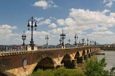 Vol aller-retour: Montréal - Bordeaux (France) pour $702!