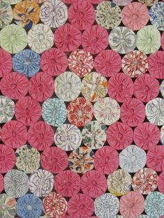 Beautiful 1930s Yo Yo Vintage Quilt Field of Diamonds Pink 84 x 73 Cottage Mint | eBay