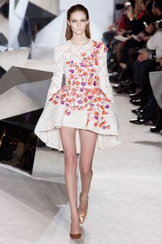 Giambattista Valli Spring 2014 Couture. Such a modern interpretation of a structured panier !