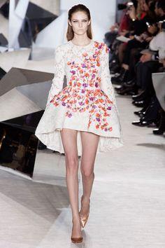 Giambattista Valli Spring 2014 Couture. Such a modern interpretation of a structured panier !