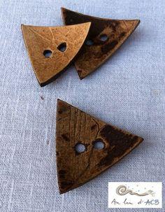 Bouton triangle, en coco, 50 mm : Boutons par lin-acb