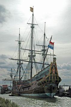 """Lelystad (Flevoland) - VOC ship """"Batavia"""" (replica) / VOC Schiff """"Batavia"""" (Replik) / Navire de VOC """"Batavia"""" (réplique)"""