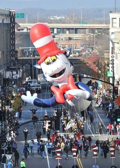 Parade of Big Balloons ready to soar in downtown Springfield Springfield Massachusetts, Big Balloons, New England, Thanksgiving, Entertaining, Pictures, Travel, Large Balloons, Photos