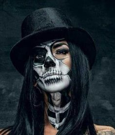 Pretty Halloween, Halloween Makeup Looks, Up Halloween, Skeleton Face Paint, Skull Face Paint, Skeleton Face Makeup, Skull Face Makeup, Skeleton Girl, Skull Girl Tattoo