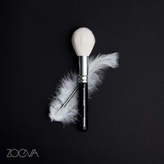 Feathery soft and luxuriously smooth. www.zoeva.de