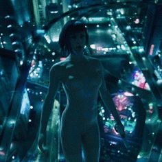 Free fall.... The Major, Ghost in the Shell
