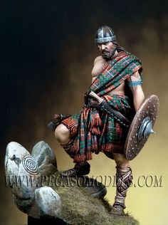 Pegaso Highlander Warrior Model - 38180 for sale online Scottish Warrior, Irish Warrior, Viking Warrior, Highlands Warrior, Celtic Warriors, Warrior Tattoos, Fantasy Miniatures, Picts, Toy Soldiers