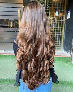 Big Curls For Long Hair, Long Curls, Long Brown Hair, Very Long Hair, Long Curly Hair, Wavy Hair, Curly Hair Styles, Natural Hair Styles, Beautiful Long Hair