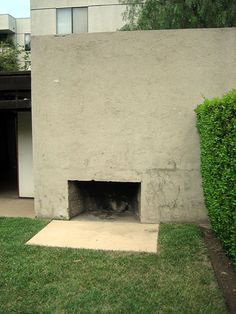 The outside fireplace at Rudolph Schindler's King's Rd. house, 1922.  Photo by Stu_Jo, via Flickr
