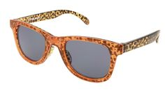 The Snap 22 pair of women's sunglasses combines a playful cheetah print with a retro, full frame shape. Foster Grant carefully crafted these sunglasses with style and sass.