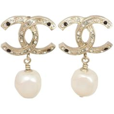 Pre-owned Auth Chanel B12a Drop Dangle Cc Logo Pierce Earrings... ($540) ❤ liked on Polyvore featuring jewelry, earrings, accessories, none, chanel earrings, dot earrings, pre owned jewelry, yellow gold jewelry and logo earrings