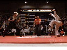 Google Image Result for http://4.bp.blogspot.com/_Vy2Puo54Ko0/TBRtwGRl_hI/AAAAAAAAH3E/Layk20Laato/s1600/karate-kid.jpg