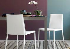 6 kpl valkoisia Calligaris Boheme ruokapöydän tuoleja.