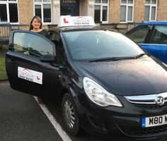 Learn to drive with a female driving instructor with Can Drive Driving School Mansfield and Sutton in Ashfield http://www.candrivedrivinglessons.com/2017/01/31/benefits-of-driving-with-female-driving-instructor/