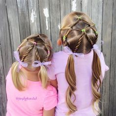 """510 Likes, 18 Comments - Alicia (@simplystranded) on Instagram: """"Today we did this adorable elastic style inspired by @hairspirationbykylee I added rope twists into…"""""""