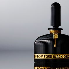 the TOM FORD Black Orchid LALIQUE Edition bottle in partnership with the Tom Ford Orchid Collection.