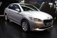 Peugeot 301 humbly steps into Paris Motor Show