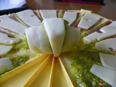 Mini croissant au pesto verde (coppa, comté, pesto, graines de pavot)